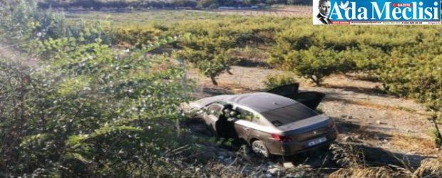 Davutlar Yolu'nda Otomobil Tarlaya Uçtu