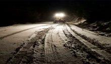 Aydın'da ekipler karla kaplı yolları açtı