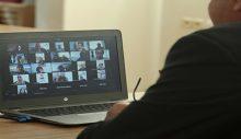Efelerde 280 kadın İngilizce dersine başladı
