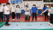 Otizmli çocuklar hemsball ile engelleri aşıyor