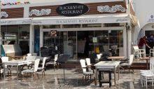 Kuşadası'nda lokantalar ve kafeler açıldı