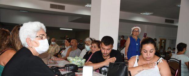 Hacı Bektaş Veli Anadolu Kültür Vakfı Kuşadası Şubesi Aşure Günü etkinliği düzenledi.
